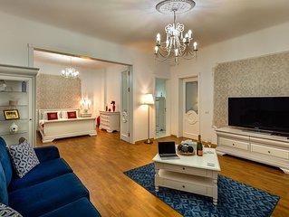InterC • near Old City Center 2 Bedrooms 120 m2