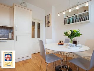 Casa del Forno:  4 Star Gold award stylish centrally located 3 Bedroom apartment