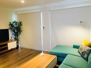 2 Bed Apartment - Broadwater Parklands - Secure parking