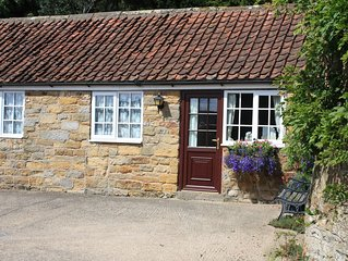 Foxglove Cottage, Pet friendly cottage just outside Scarborough. Ideal base