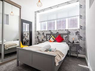 The Banker's Suite * The Bank - 2 Bed Apartment in Sheffield City Centre