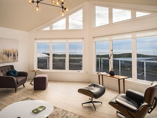 COMPLETE GOLF CHALET - Overlooking and Bordering WORLD CLASS - CABOT LINKS