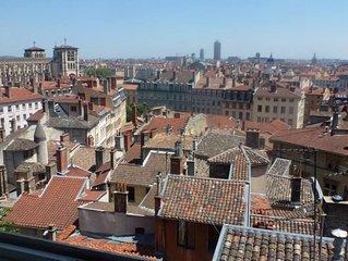Vieux Lyon : magnifique appartement 125 m2 / vue 180 / Jardin