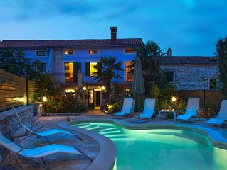 Istrian villa 'Ladonja' , stone house for 12 people with swimming pool