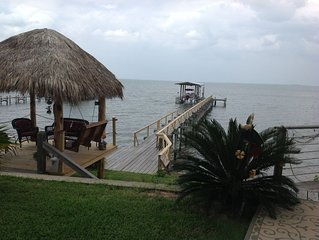 Waterfront Suite * Come Friday Cottages