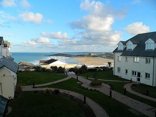 Modern Apartment with Breathtaking Views of Fistral Beach, Newquay