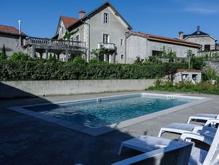 Beautiful and newly renovated holiday home in the foothills of Pyrenees