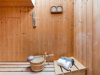 Sauna stay in ♡ of Bay with Sea and White Cliffs views, moments from beach