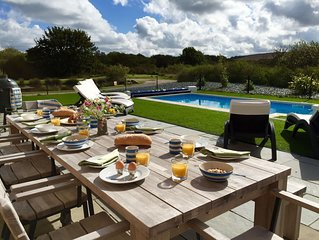 Luxury holiday home- 6 En-suites, heated Pool, Hot Tub, Sauna & Cinema !