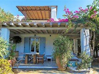 Poly's fantastic maisonette in pool villa complex by Olive Rentals Villas