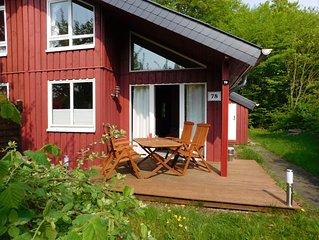Komfortables  Extertal-Ferienhaus IXI mit WLAN, Sauna, Geschirrspüler