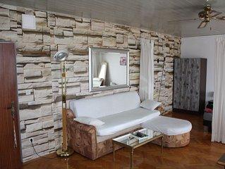 1. Etage 2- Zimmer FeWo, 2x Badezimmer, 2x Klima, Balkon, Meerblick