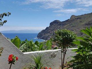Zauberhafte Ferienwohnung mit Garten und Meerblick