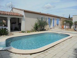 Charmante Villa mit Privatpool und umzäunten Garten in ruhiger Lage.