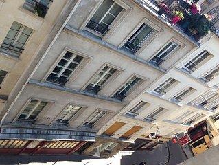A flat in the Haut-Marais, 3rd arrondissement, clear and high floor