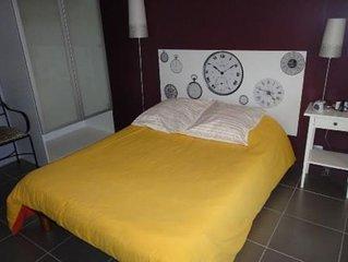 Appartement T2 récent meublé à Lançon provence, modernité et confort.