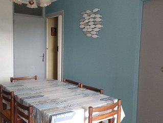 Appartement 3 pièces + grande loggia  2/4 personnes Plage Nord 300 m de la plage