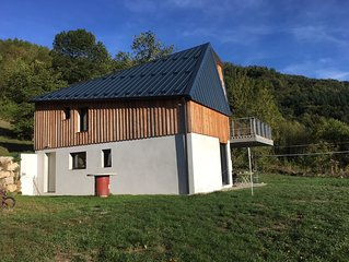 Chalet moderne et confortable avec vue imprenable dans les Pyrénées ariégeoises