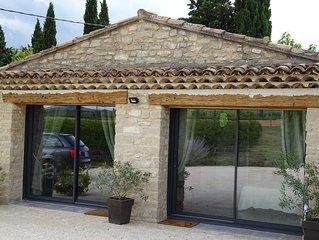 joli Mas provençal au coeur du Lubéron (entre Gordes et Roussillon) avec piscine