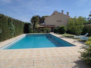 Grand apprt  independant  en RDC  dans villa avec piscine environ Aix en Provenc