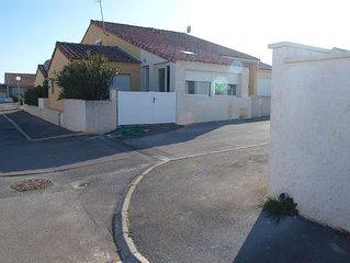 Belle villa 800m de la mer pour 10 personnes, proche Narbonne