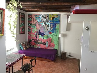Très agréable studio  au cœur de Montmartre/Abbesses, 35m2