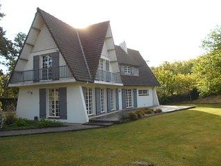 Maison 3 chambres sur terrain de 2 000 m² proche centre ville, plage et golf