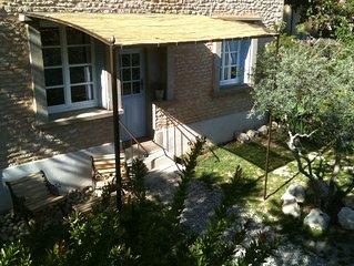 ~ Appartement avec jardin privé au pied du luberon ~