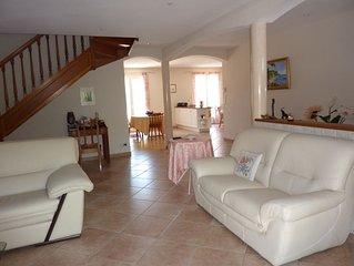 Villa avec piscine, entre Mer et Montagne, a 10 mn des plages d'Argeles