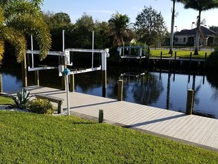 Bring your boat waterfront home with dock and pool minutes to harbour