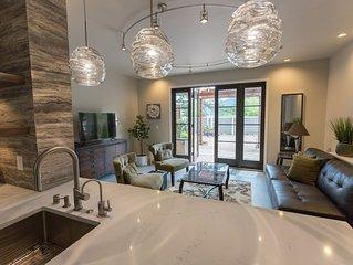 Spacious Luxury Garden Apartment Downtown