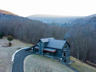 House on 35 Acres w/Mt Views, Private Trails & Creeks