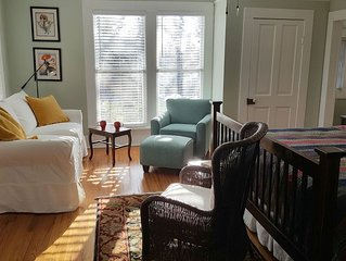 Unique Treetop Cottage Located  in Downtown Little Rock
