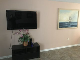 Affordable Corporate Vacation Island rental 2 bd 2 bath 1180 square feet!