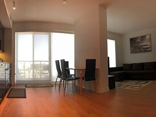 Luxury 2bd+2bth, Brand  New Condo  Near Downtown Toronto, Open City view