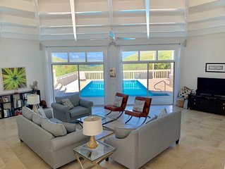 Hidden Valley Villa 3 bedroom 3 bath. Ocean views & private pool, 2 min to beach