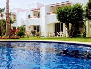 Beatufiul 3 bed Villa with shared pool in Playacar  7 min from 5th Av & beach