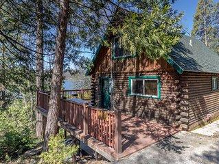 Lakeview Cabin Near Pines Resort & Village at Bass Lake