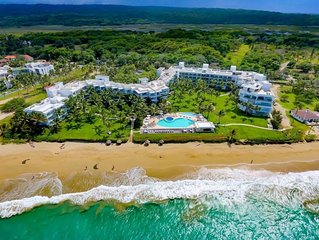 2 Bedroom Oceanfront Penthouse with rooftop deck beside Cabarete and Kite beach