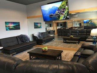 Sleek, modern one bedroom Suite in the heart of Newport.