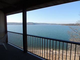 'Sanctuary 4  # 446 Anchor Point Condo onTable Rock Lake Low Fall & Winter Rate