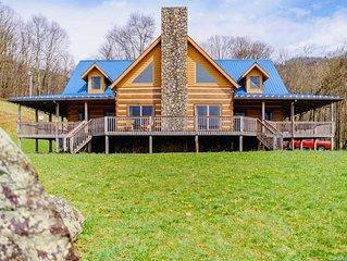 Stunning Views, 4Bd/4Ba Spacious Home between Asheville & Boone