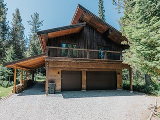 2 bed 1 bath luxury rental in Alpine. Private location and very comfortable