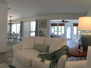 Cottage on the 17th Fairway, w/ Golf Cart and 3 Minutes From White Sand Beach!
