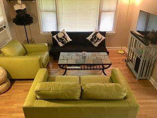 Clean, cozy, funky Ferndale getaway, great location