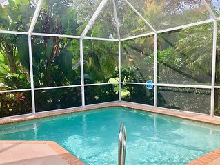 Beautiful 3BR Venice Home w/ private pool - only 3 miles from beach!!