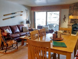 Luxury Condo w/ FREE WiFi, Parking, Heated Pool, Hot Tubs, Skier Shuttles