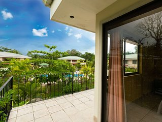 2BR 2BA, Comfortable Vacation Home, Tropical Garden and Pool View