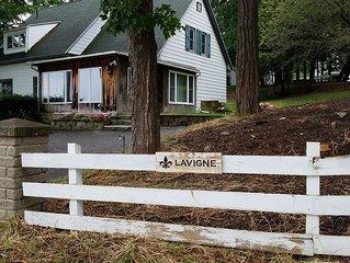 Historic Lake Champlain Four Bedroom 2.5 Bath Lake House