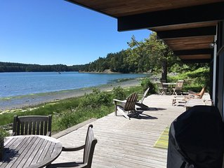 * Recently Remodeled * Waters Edge On Westcott Bay